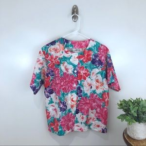 VINTAGE Petite Trends Floral Button Down Top